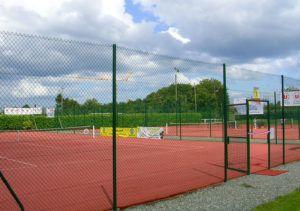 Courts de tennis extérieurs du complexe multisport
