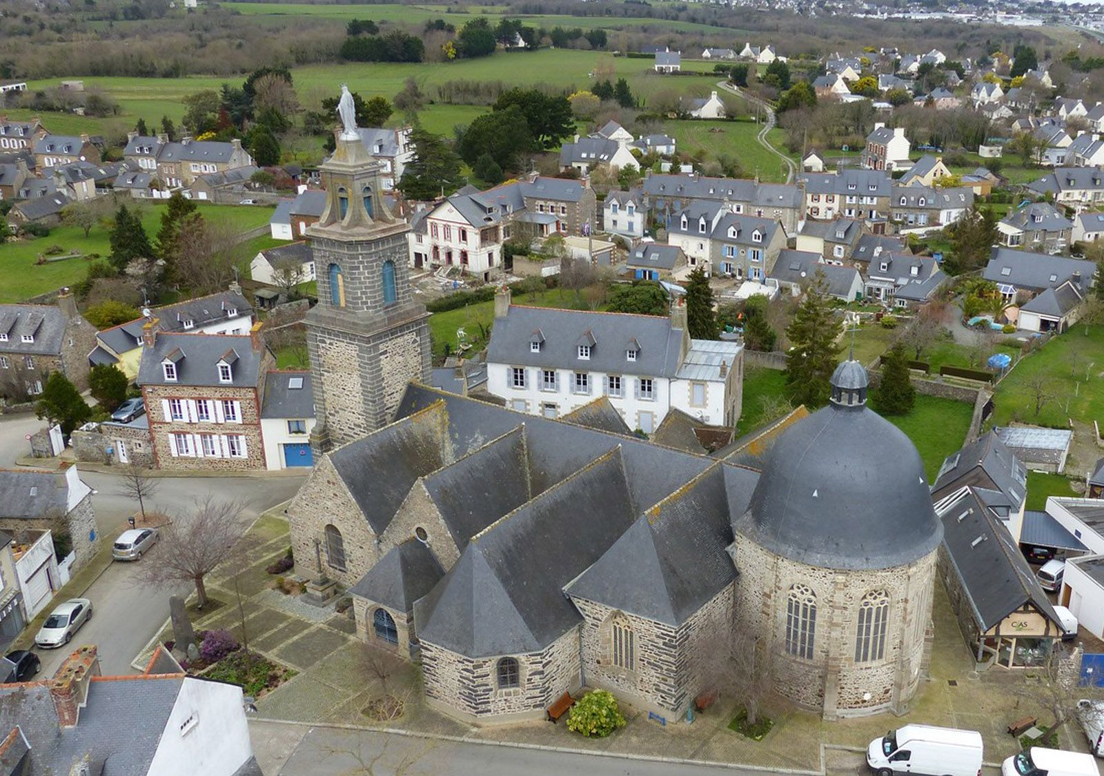 L'Église d'Étables-sur-Mer