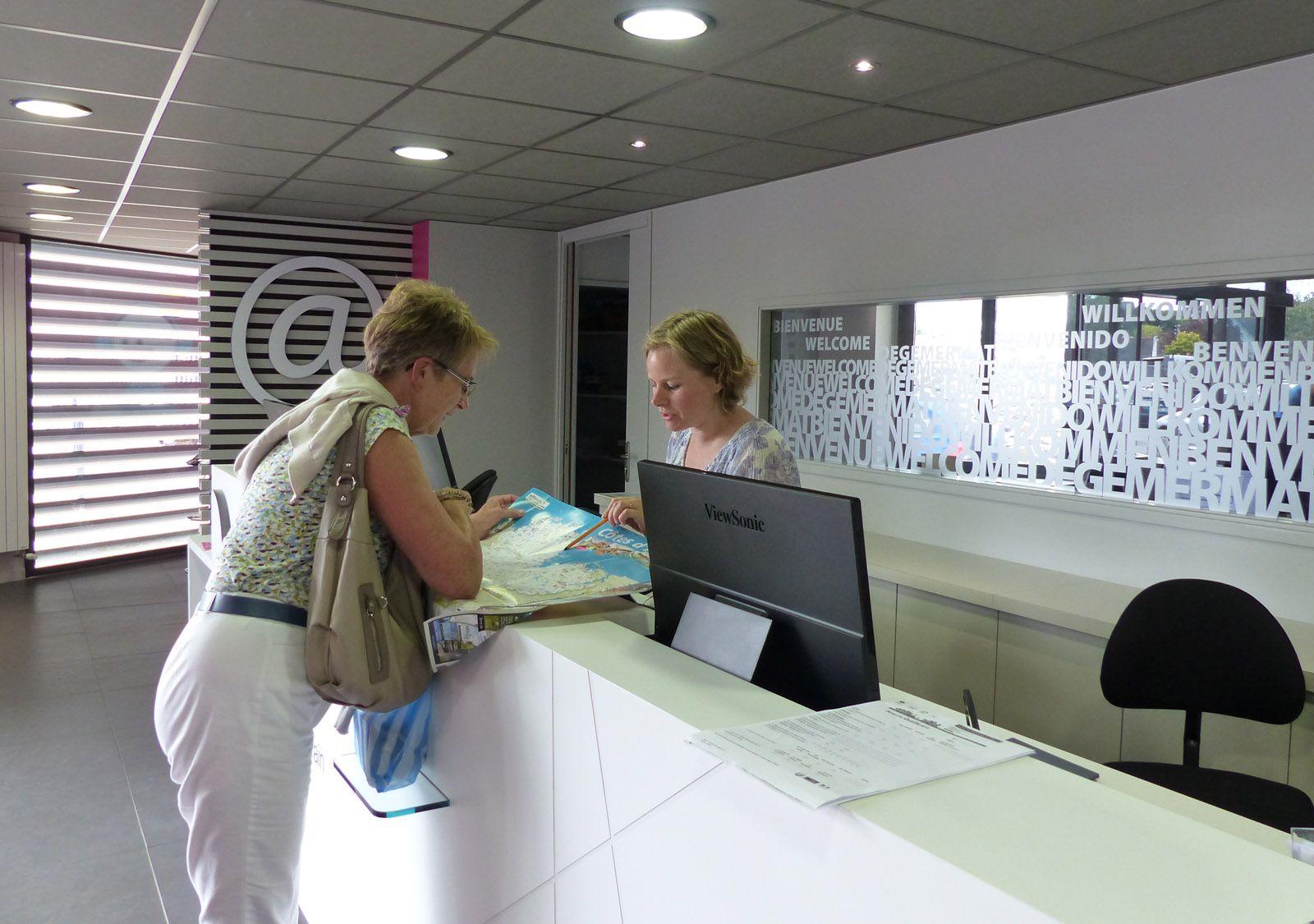 L office de tourisme de binic tables sur mer - Office tourisme cavalaire sur mer ...